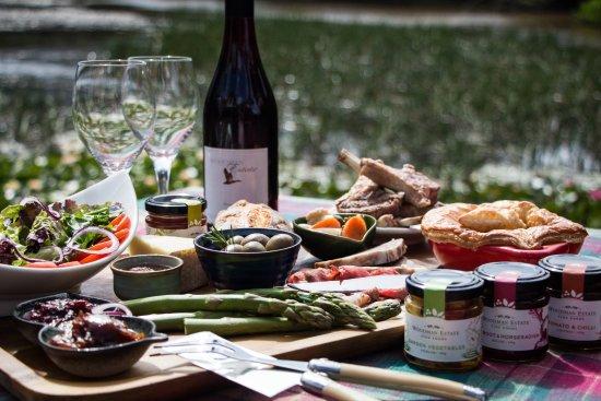 Moorooduc, أستراليا: Farmer's Produce Lunch