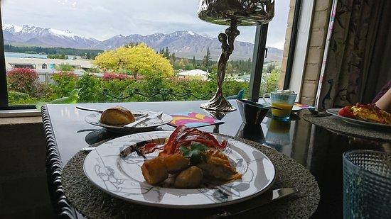 Lake Tekapo Lodge: Dining room view
