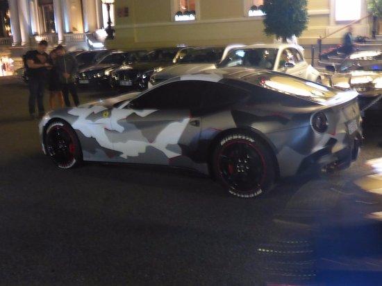 Casino of Monte-Carlo: Camo Ferrari ????
