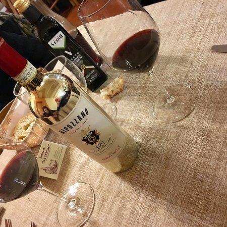 Dicomano, Ιταλία: l'Ottimo - Chianti Rúfina - NIPOZZANO Riserva 2014 - edizione speciale 150 anni nelle cantine de