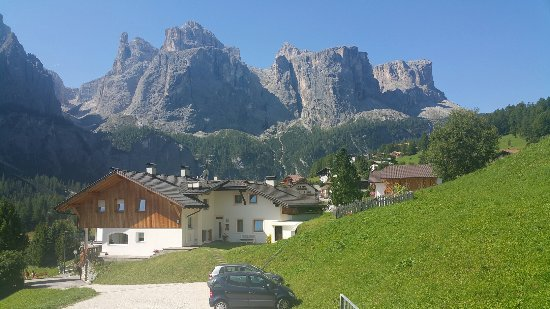 Mountain Hotel Mezdi: Soggiorno spettacolare
