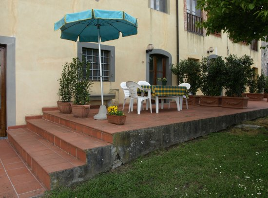 Residence Alfoionco: Terrace belong to Apt. D-Ilaria for 6 persons