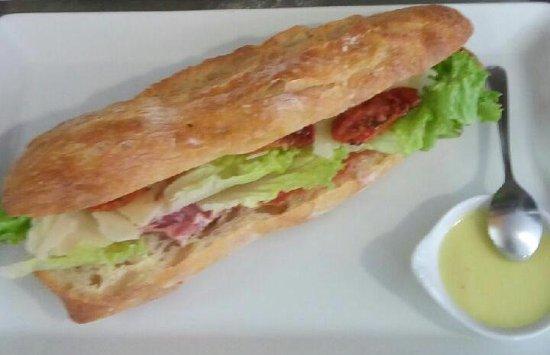 La Saliere: sandwich sur place ou à emporter