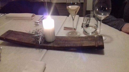 Buje, Hırvatistan: Table