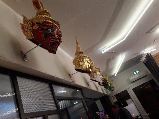 clair et distinctif plus récent taille 7 Décoration masques Thaïlandaise - Photo de CHADA Cuisine ...