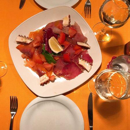 Lobs Fish Restaurant Photo