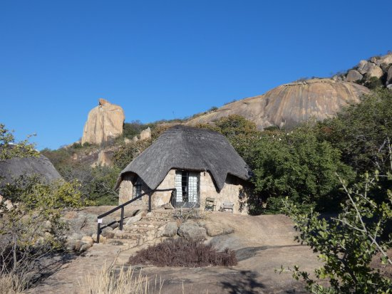 Matobo Hills Lodge: Accommodation is in around 15-20 individual Lodges
