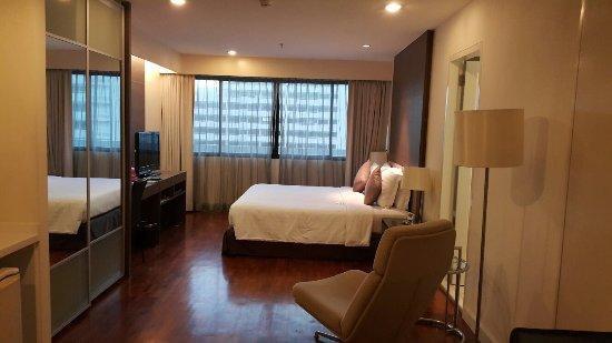 Küchenzeile Picture Of Phachara Suites Bangkok Tripadvisor
