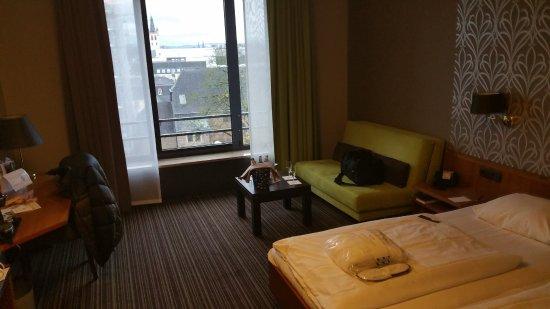 Zimmer mit blick auf porta nigra photo de mercure hotel for Zimmer mit blick
