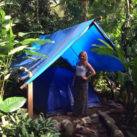La Virgen, Costa Rica: Very kind people and a very special place to spend night!  The are super kind!!!! Nature is  ver
