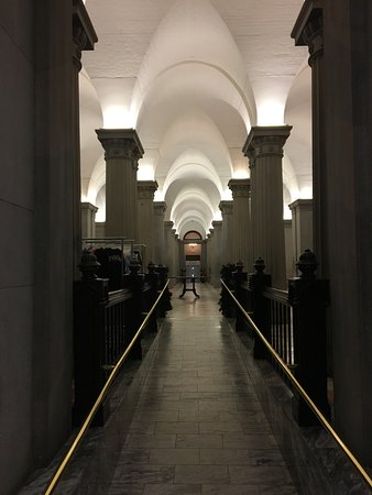 South Carolina State House: The columned undercroft was really pretty
