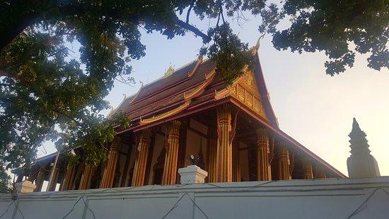Βιεντιάνε, Λάος: 왓프라캐우