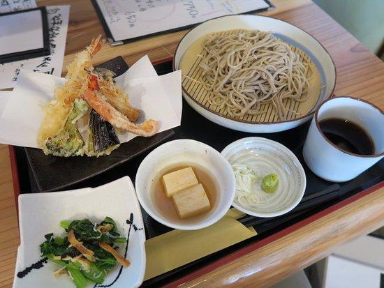 Nakano, اليابان: 料理の様子
