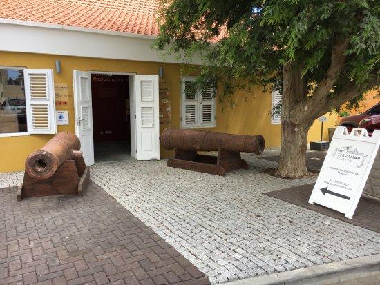 Kralendijk, Bonaire: Ingang Terramar Museum