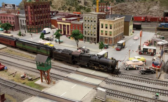 Holly, MI: Scenery at the Detroit Model RR Club