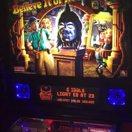 Brunswick, GA: Pinball Palace