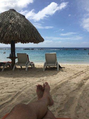 """Sunscape Curacao Resort Spa & Casino: São 3 praias no hotel e uma equipe maravilhosa!!! Na """"lagoa"""" é possivel mergulhar com snokel e m"""