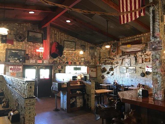 Tortilla Flat, อาริโซน่า: The front dining room