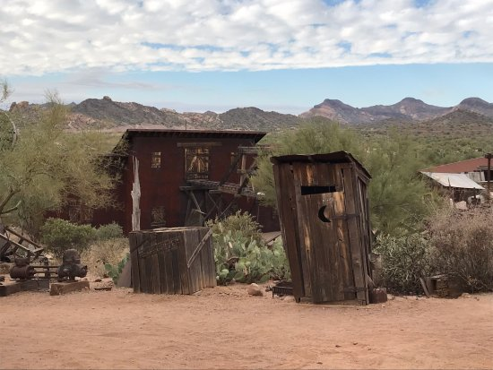 Apache Junction, AZ: The Magic House