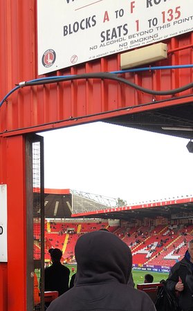 Charlton Athletic Football Club : To The Away End