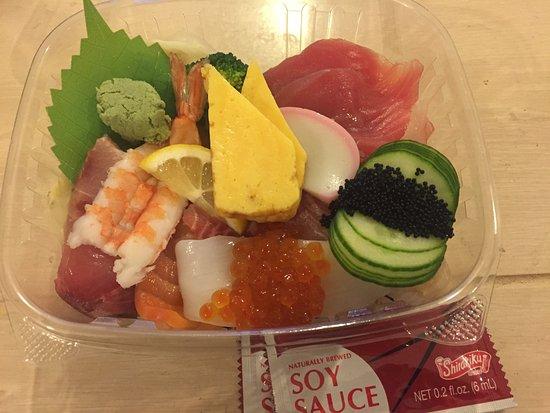 Kirkland, WA: Chirashi sushi was fresh and tasty with a good portion size.