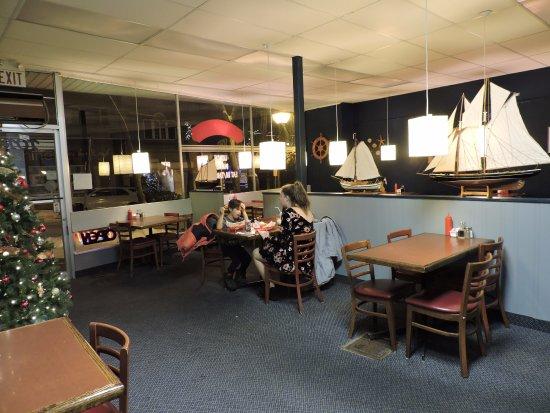 Orillia, Canadá: Dining room