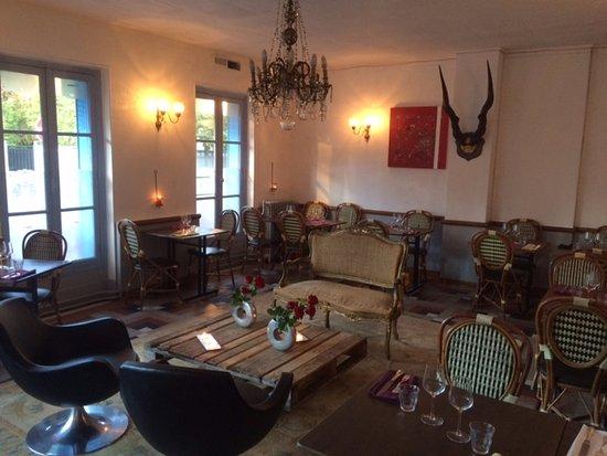 La Garenne-Colombes, Frankrijk: Salon, salle à manger