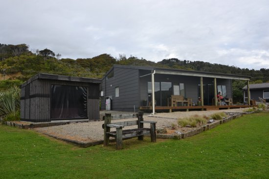 Breakers Boutique Accommodation Image