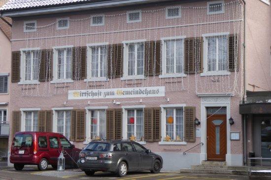 Zum Gemeindehaus, Beringen