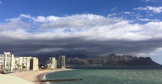 Strand, South Africa: Blick vom Dach Richtung Gordons Bay