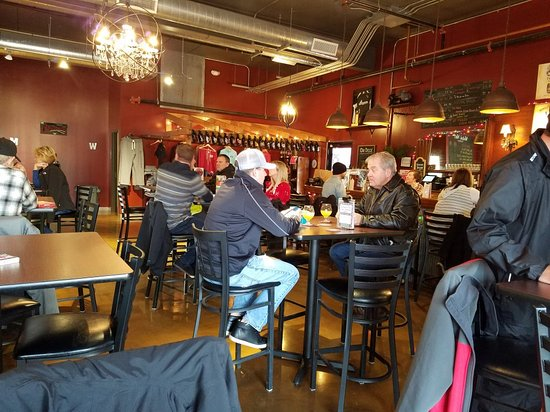 Robbinsdale, MN: Wicked Wort Brewing Taproom