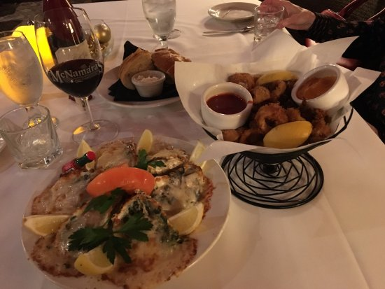 Dublin, CA: Oysters Rockefeller and Fried Calamari