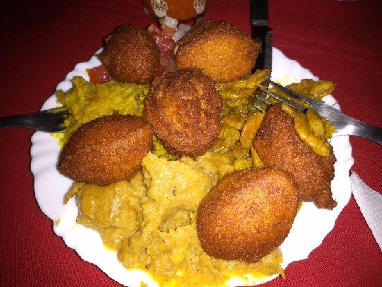 Cairu, BA: Porção de acarajé
