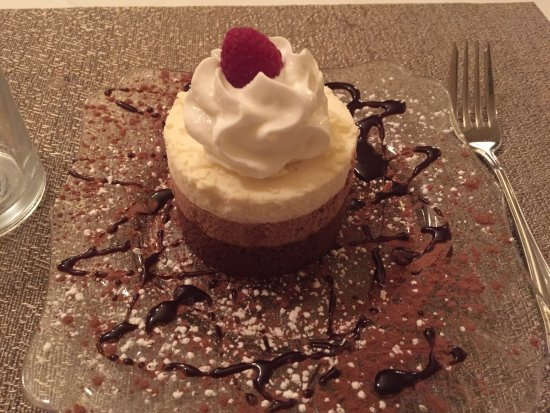 McCloud, Kalifornien: Triple-chocolate mousse, $11 on the dessert menu and worth it.