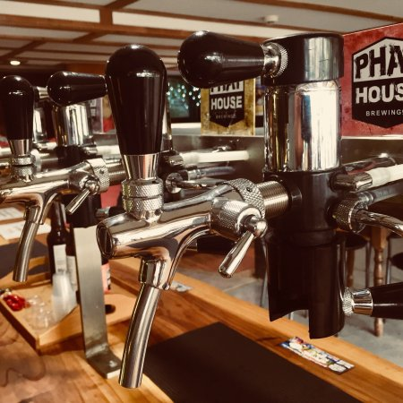 Kerikeri, New Zealand: PhatHouse Brewing co