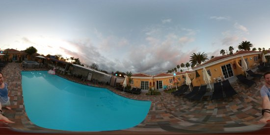 Club Torso Gay Resort: A 360 view outside our bungalow