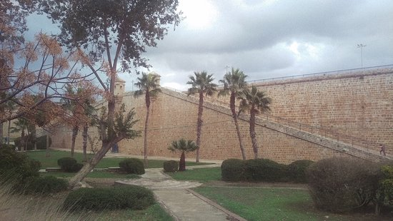 Old Acre walls around museum