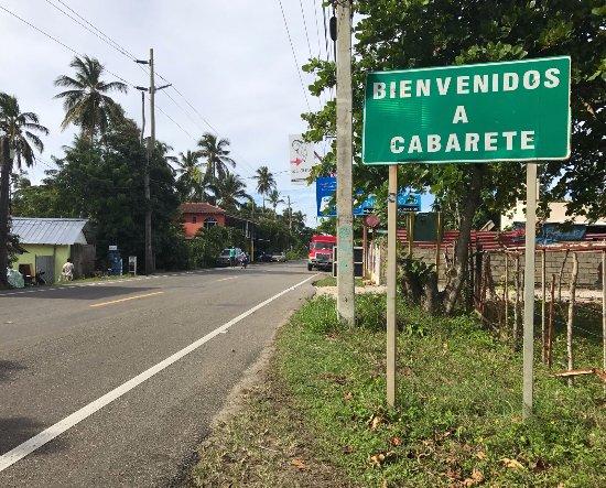 Cabarete, República Dominicana: Photographed: Alain Strassberg