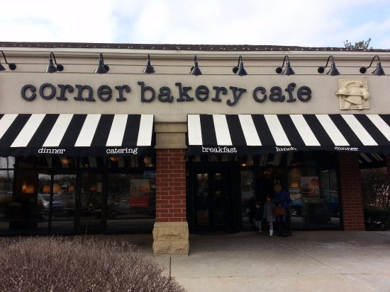 Glenview, IL: front of Corner Bakery Cafe