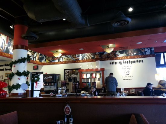 Glenview, IL: dining area and beverage counter
