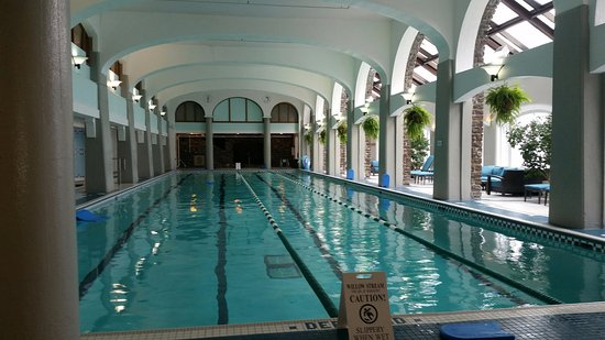 Fairmont Banff Springs: First at the pool in the morning