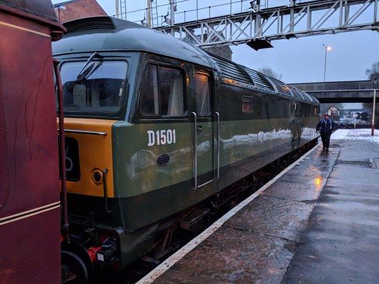 Ramsbottom, UK: d1501 class 47 brush 4