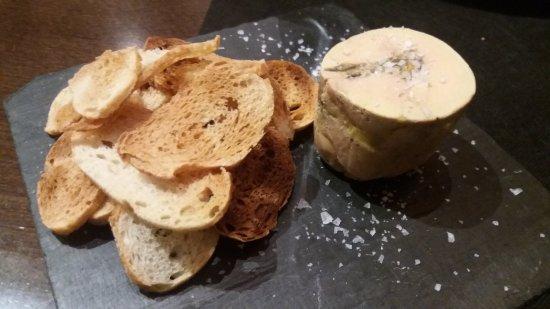 Sant Esteve de Palautordera, España: Foie con camagrocs