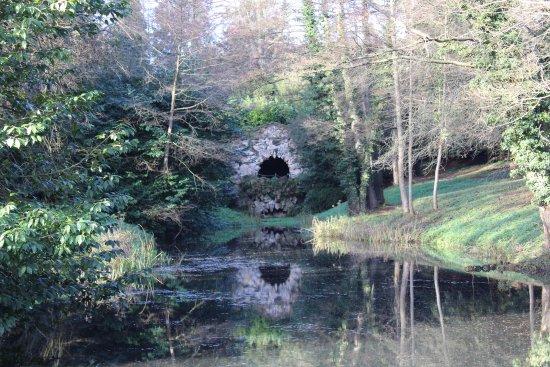 Μπάκινγχαμ, UK: The Grotto
