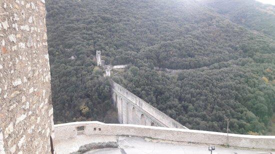 Spoleto, Italia: Vista del Ponte delle Torri