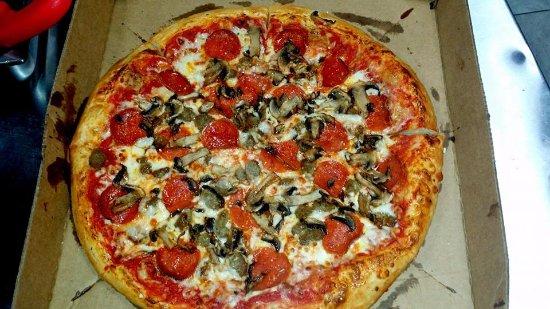 Holiday, FL: America's Favorite Pizza