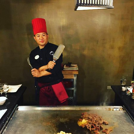 Sandals Grande Antigua Resort & Spa: Japanese live cooking!