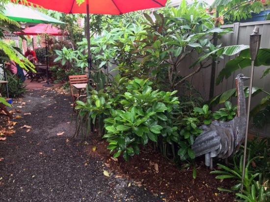 Iluka, Australia: Garden tables