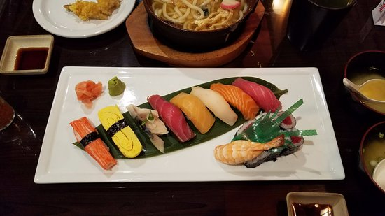 Troy, MI: 9-pc Sushi Deluxe