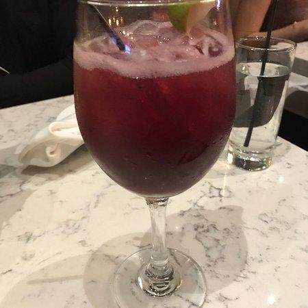 Ivy Bar + Kitchen: Sangria